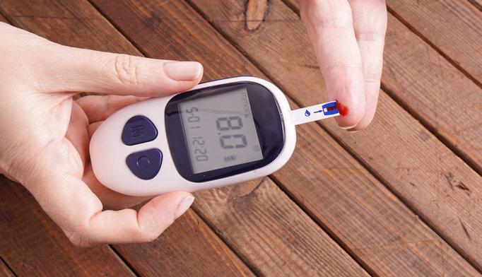 glucose-monitoring-0316