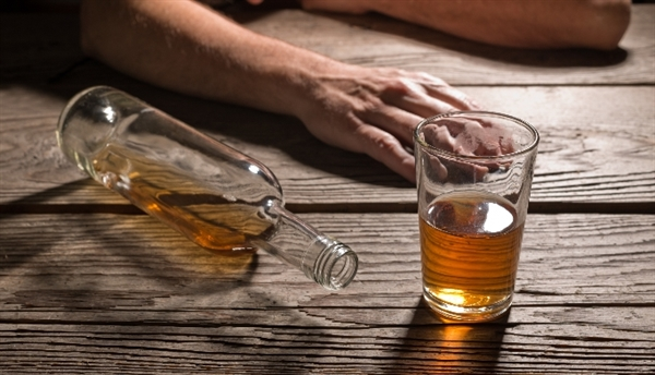 """Excessive drinking does not necessarily equal alcohol dependence, according to the CDC.26 In conjunction with the Substance Abuse and Mental Health Services Administration (SAMHSA), data from more than 138,000 adults who responded to the National Survey on Drug Use and Health (NSDUH) in 2009, 2010, or 2011 were analyzed.27 According to the results, 90% of excessive drinkers did not meet Diagnostic and Statistical Manual of Mental Disorders (4th edition, DSM-IV) criteria for alcohol dependence. Robert Brewer, MD, MSPH, Alcohol Program lead at the CDC and one of the study's investigators noted that while the results may be """"contrary to popular opinion,"""" they """"emphasize the importance of taking a comprehensive approach to reducing excessive drinking"""" through evidence-based strategies, screening, counseling, and treatment. Clinicians who are uncertain how the changes from DSM-IV to DSM-5 may affect the diagnosis of alcohol use disorders should reference the NIAAA comparison fact sheet.28"""