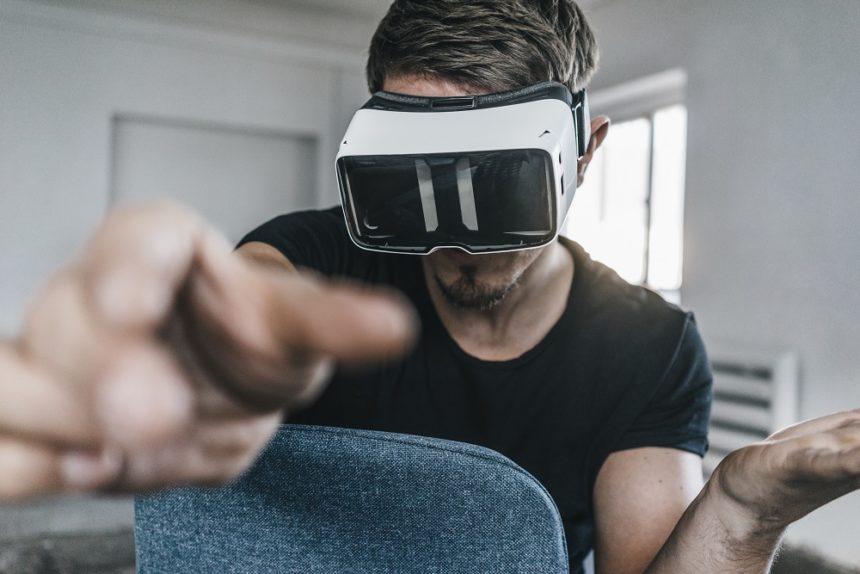 Man wearing VR glasses